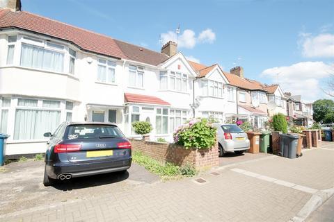3 bedroom terraced house to rent - Clifton Road, Kenton, Harrow