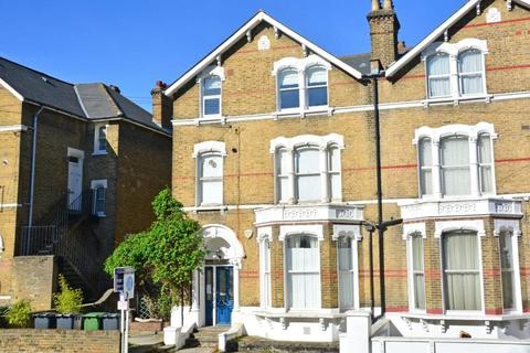 2 bedroom flat for sale - Tressillian Road, Brockley, London, SE4