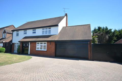 4 bedroom detached house for sale - Tyle Green, Emerson Park, Hornchurch, Essex RM11