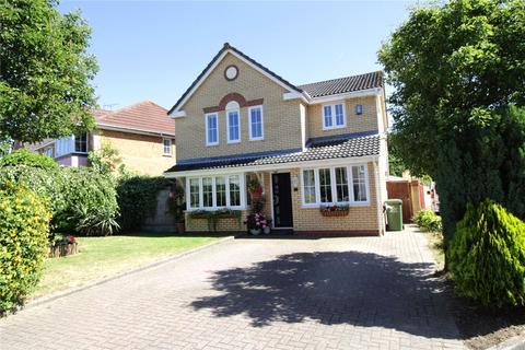 4 bedroom detached house for sale - Kilowan Close, Langdon Hills, Essex, SS16