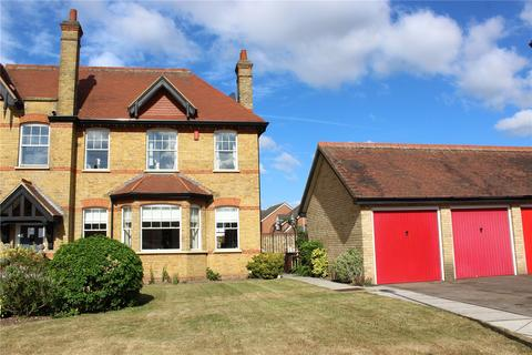 3 bedroom house for sale - The Mall, Hornchurch, RM11