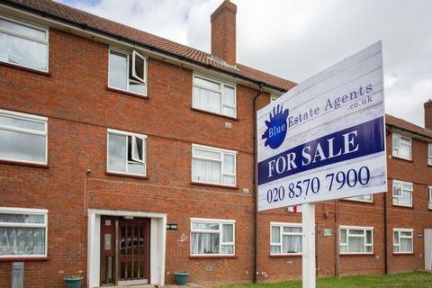 2 bedroom flat for sale - Northfield Road, Heston TW5