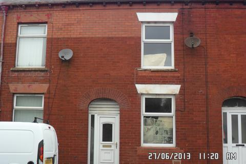 2 bedroom terraced house to rent - Shaw Road, Royton, Oldham OL2