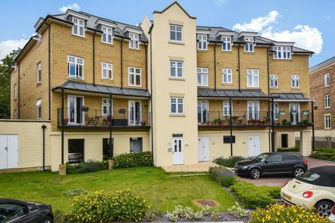 2 bedroom flat for sale - Mackintosh Street, Bromley