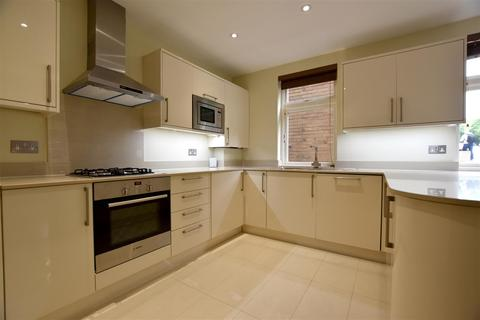 2 bedroom house to rent - Reigate, Surrey