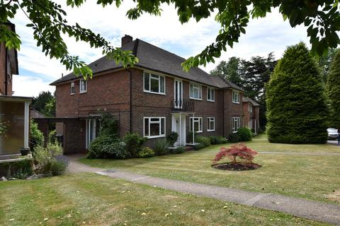 2 bedroom maisonette to rent - Merrywood Park, Reigate