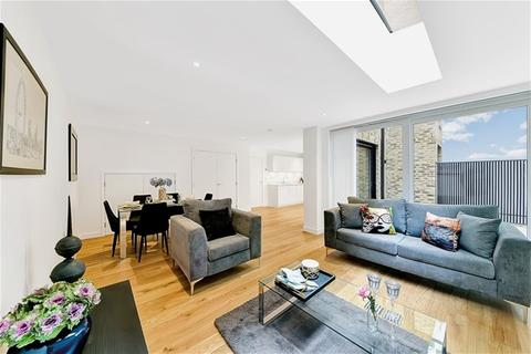 3 bedroom house to rent - St Pancras Place, Hand Axe Yard, King's Cross