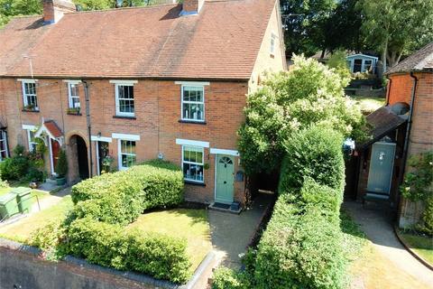 3 bedroom cottage for sale - Laurel Terrace, High Street, Little Sandhurst, SANDHURST, Berkshire
