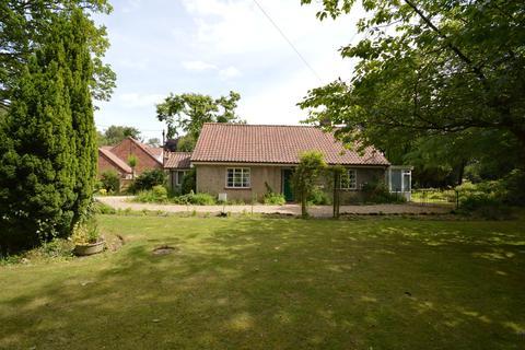 3 bedroom detached bungalow for sale - Avenue Road, High Kelling, Norfolk