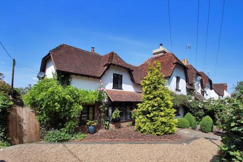 3 bedroom end of terrace house for sale - The Quarter, Cranbrook Road, Staplehurst, TN12 0EP