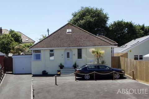 4 bedroom detached bungalow for sale - Lyndhurst Avenue, Newton Abbot