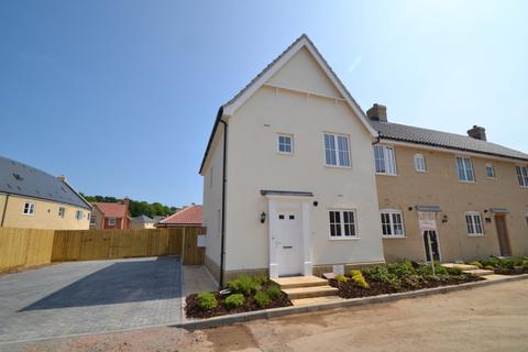 3 bedroom end of terrace house to rent - Holt