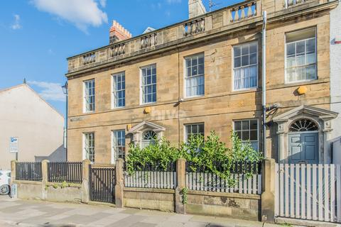 4 bedroom terraced house for sale - Tynemouth Road, Tynemouth