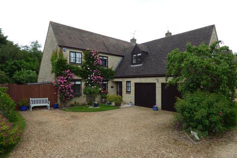 4 bedroom detached house for sale - Lyndale Park, Orton Wistow, Peterborough