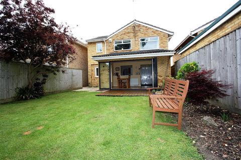 4 bedroom detached house for sale - Werrington Park Avenue, Peterborough