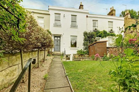 4 bedroom house to rent - Prospect Place