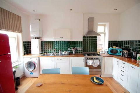 2 bedroom flat to rent - Palace Road, Tulse Hill