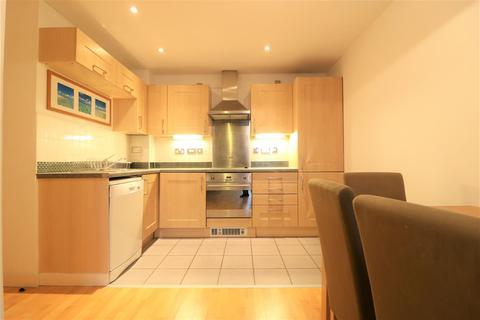 1 bedroom flat for sale - Queens Court, Queens Dock Avenue, Hull