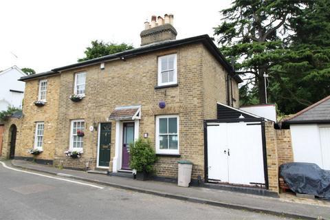 2 bedroom cottage for sale - Goat Lane, Enfield, Middlesex