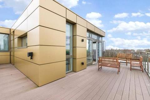 3 bedroom apartment to rent - Waterfront Apartments, 82 Amberley Road, London, W9