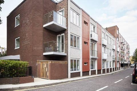 1 bedroom flat to rent - Berwick House, 8-10 Knoll Rise, Orpington, Kent, BR6 0FD