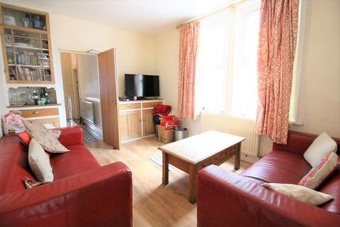 5 bedroom house to rent - Heathfield Road , , Heath