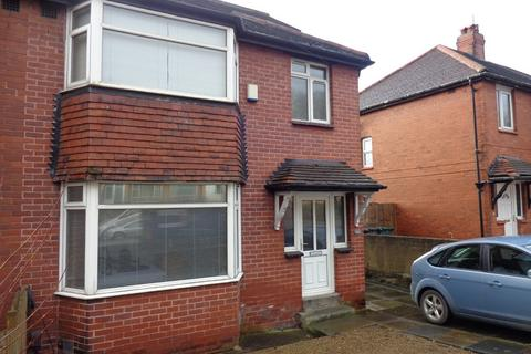 4 bedroom semi-detached house to rent - Kirkstall Hill
