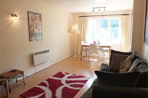 2 bedroom apartment to rent - Henley Drive SE1