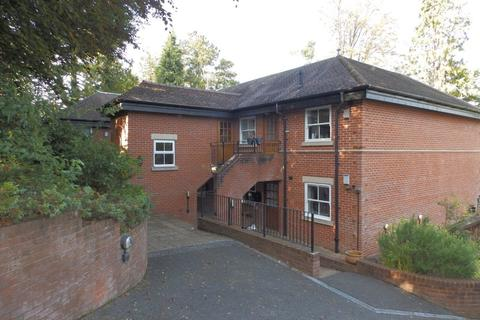 2 bedroom apartment to rent - Frant Road,