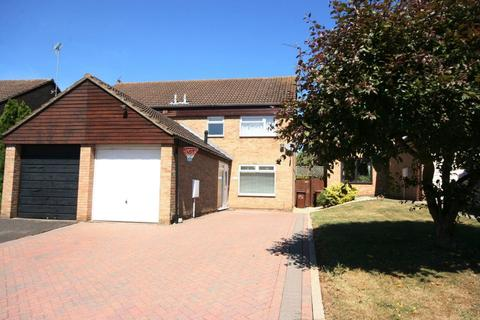 3 bedroom house to rent - SPINNEY HILL - NN3