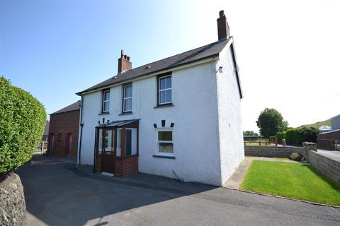 3 bedroom property with land for sale - Penparc
