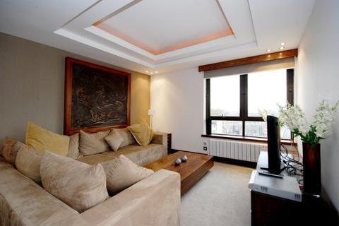 1 bedroom flat to rent - Chelsea Manor Gardens, Chelsea