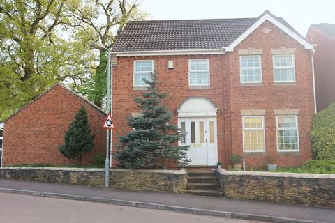 4 bedroom detached house to rent - Fynamore Gardens, Calne
