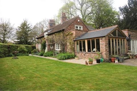 3 bedroom detached house to rent - Middlethorpe, York, YO23