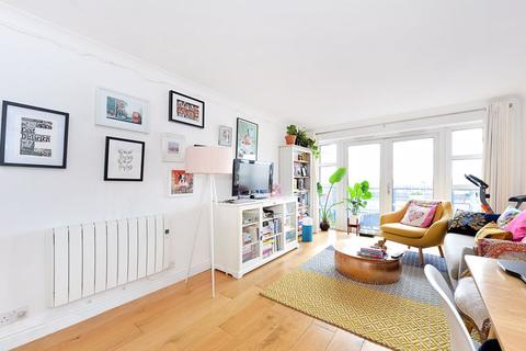1 bedroom apartment to rent - Campania Building, Wapping, E1W