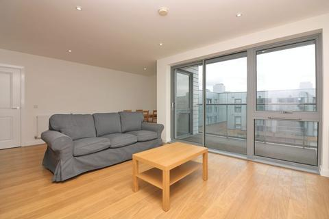 2 bedroom apartment to rent - Lucienne Court, Poplar, E14