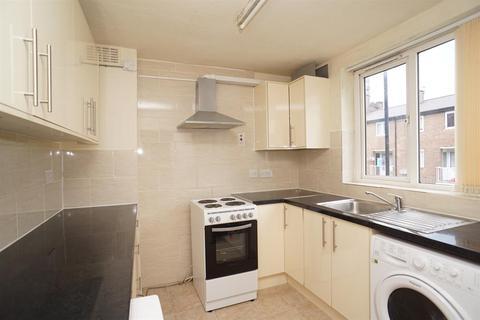 3 bedroom maisonette to rent - St Georges Close, Sheffield, S3 7HL