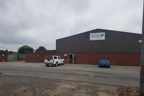 Light industrial to rent - Unit 5a, Carlton Industrial Estate, Carlton Street, Hessle Road, Hull, East Yorkshire, HU3 4UP