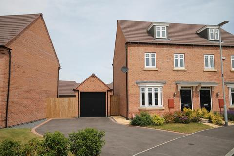 3 bedroom townhouse for sale - Wallace Healey Road, Queniborough