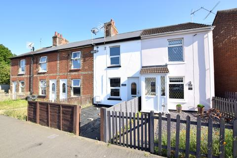 2 bedroom terraced house to rent - Main Road, Harwich