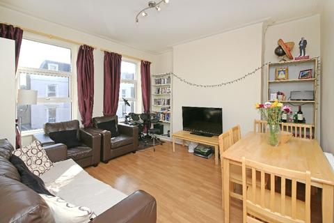 4 bedroom flat to rent - Great Western Road, Westbourne Park W9