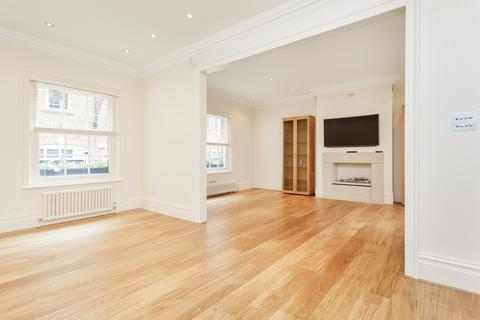 5 bedroom mews to rent - Gloucester Mews West, Paddington, London, W2