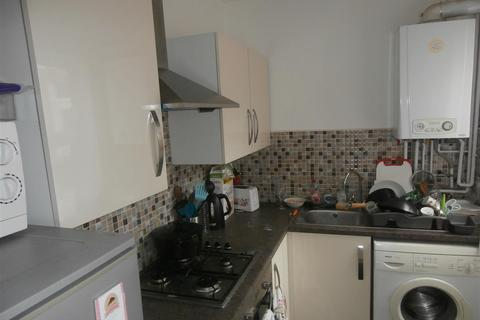 3 bedroom terraced house to rent - Clarendon Park Road, Leicester