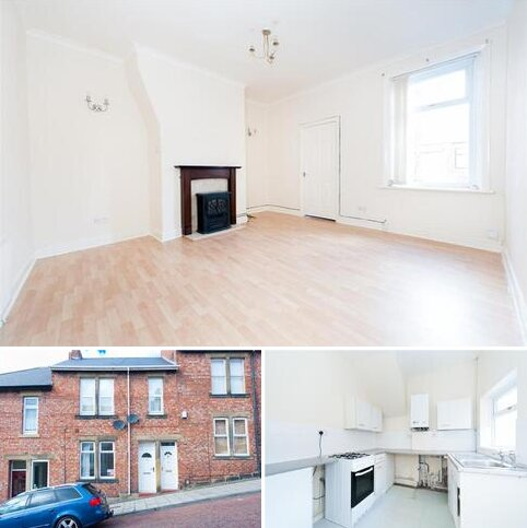 2 bedroom flat for sale - Caris Street, Bensham, Gateshead