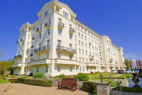 3 bedroom flat to rent - Bath Hill Court, East Cliff, Bournemouth, Dorset