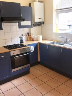 3 bedroom house share to rent - 76 Woodhead Road - STUDENT PROPERTY