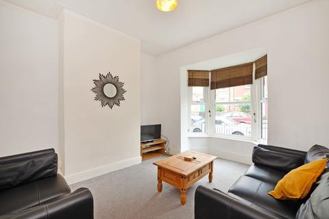 3 bedroom house share to rent - 61 Alderson Road  - VIRTUAL VIEWINGS AVAILABLE