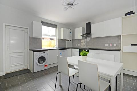 4 bedroom house share to rent - 137 Alderson Road - VIRTUAL VIEWING AVAILABLE