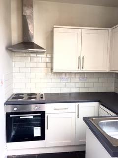 3 bedroom terraced house to rent - 40 Priestley Street