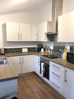 4 bedroom house share to rent - 35 Barber Road